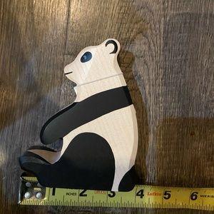 Holztiger panda